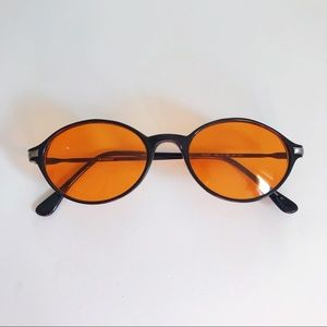 VINTAGE Guess Tinted Sunglasses